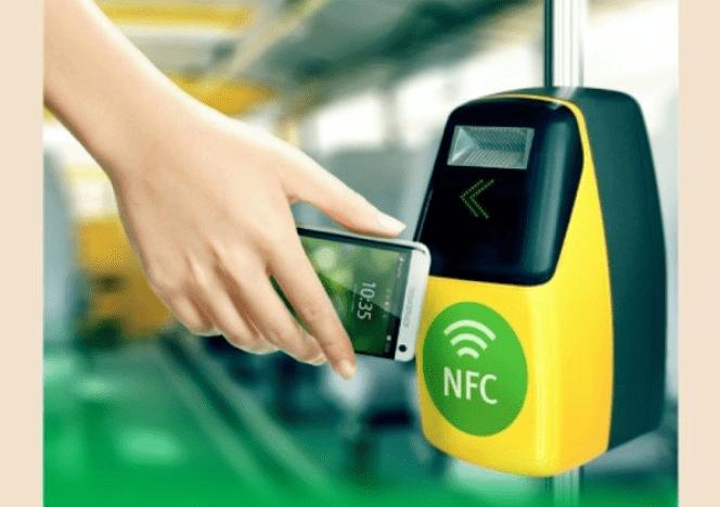 Смартфон вместо проездного по услуге «Мобильный билет» от Билайн